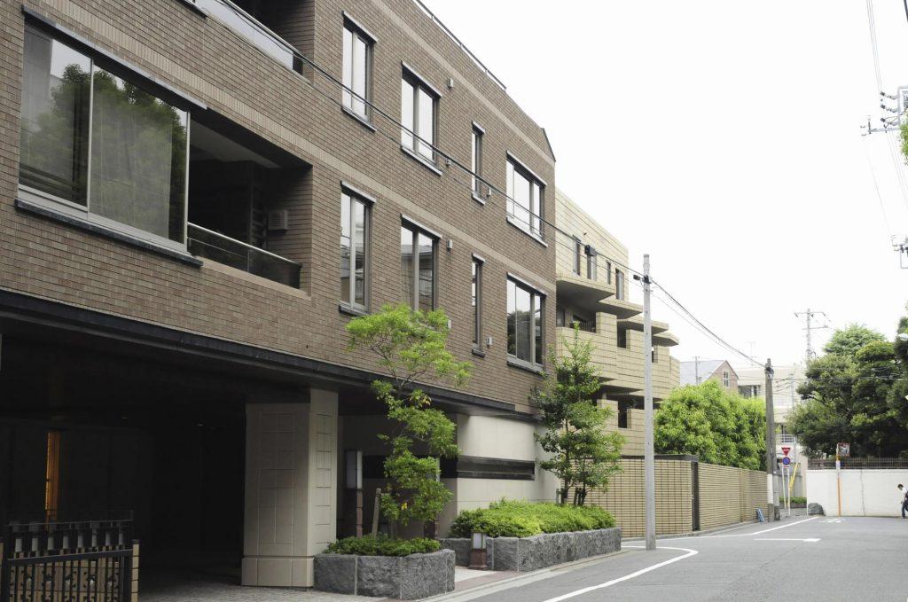 閑静な住宅街のマンション
