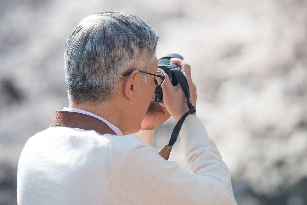 カメラ 高齢者